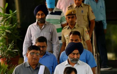 Supreme Court orders status quo on ex-Fortis Healthcare promoter Shivinder Mohan Singh's bail