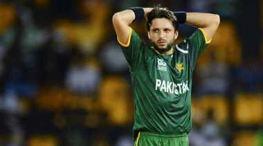 I rate Dhoni a bit higher than Ponting: Shahid Afridi picks the better captain
