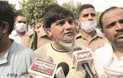 Kanpur encounter: Fake entry pass to Secretariat found on SUV, FIR against Vikas Dubey's aide