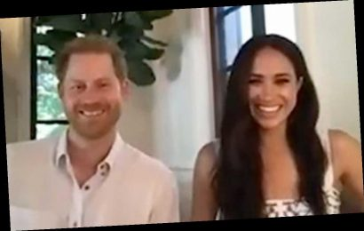 Prince Harry and Meghan Markle discuss impact of social media with young leaders