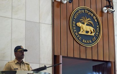 RBI's curb on current account use may hit private banks
