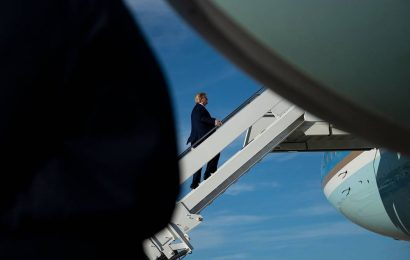 Donald Trump's plane was nearly hit by a small drone, say witnesses