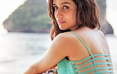 Shraddha Kapoor to go N*de: Aame remake