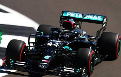 Hamilton sets fastest time