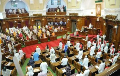 UP assembly adjourned for second day in row after BJP MLA's death