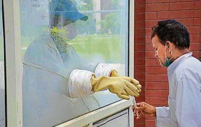 Scientists urge use of monoclonal antibodies