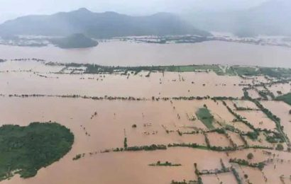 Andhra Irrigation department warns people of flooding in low-lying areas