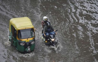 Heavy rains lash Delhi-NCR; Gurugram worst affected
