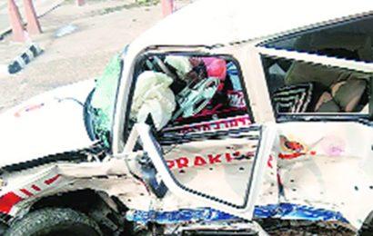 Delhi: Head constable dies after 19-year-old 'rams patrol van'