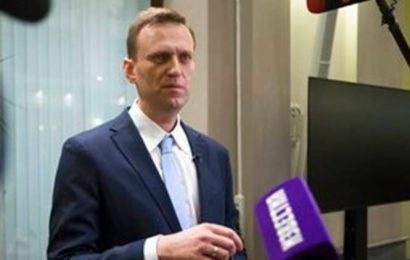 Alexei Navalny poisoning accusations 'empty noise', says Russia
