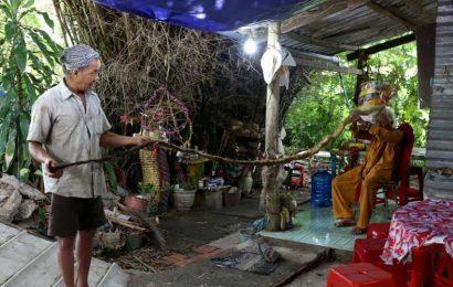 Man in Vietnam kept hair uncut for almost 80 years. It's now 5 meter long