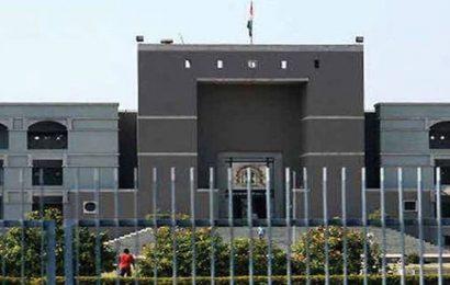Principal private secretary of Gujarat HC threatened, one booked