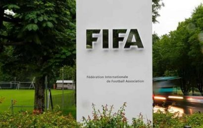 FIFA shapes new rule to help players switch national team