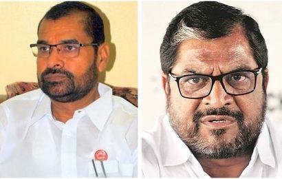 Dairy farmers' unrest turns into political battle turf between Raju Shetti and Sadabhau Khot