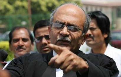 1,500 lawyers to SC: Stop miscarriage of justice in Bhushan case