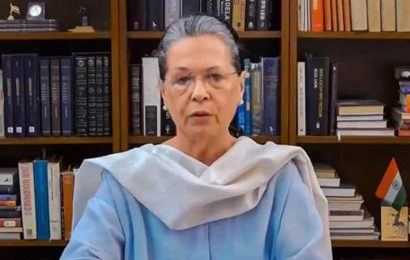 CWC meeting ends, Sonia Gandhi to continue as Congress president for now