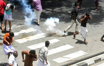 Youth outfits clash with police in Thiruvananthapuram again