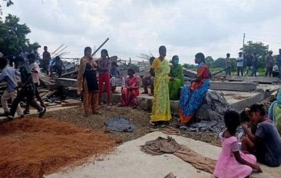 Under construction houses demolished in Sangareddy district