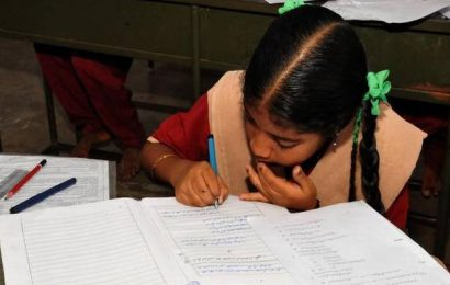 Centre pushes for mother tongue as medium of teaching