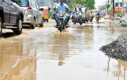 Vayalur Road residents struggle with daily commute