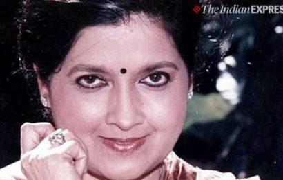 Actor Ashalata Wabgaonkar dies at 79