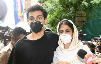 Rhea Chakraborty, her brother Showik's bail plea to be heard by Mumbai court tomorrow
