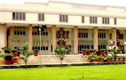 Delh HC directs govt, DDU college to review pending salaries of professors