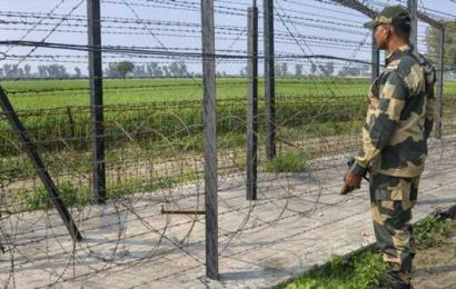 BSF foil smuggling bid at border with Pakistan, recover suspected drug consignment