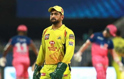 IPL 2020: Virender Sehwag points 'glitches' in MS Dhoni's captaincy, rates it 4 out of 10 against RR