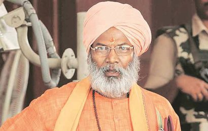 Jharkhand releases Sakshi Maharaj within 24 hours of placing him under home quarantine