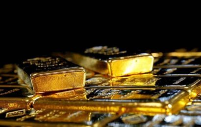 Indian in UAE returns bag containing USD 14,000, gold; honoured: Report