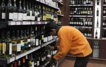 Lucknow, Agra malls get licence to sell global liquor brands