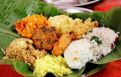 'Serve food on banana leaves in restaurants'
