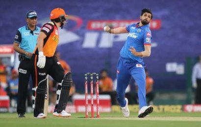 Rib-cage injury puts Ishant out of IPL