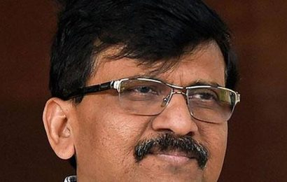 Shiv Sena welcomes Amit Shah's stand on Maharashtra Governor-CM letter row