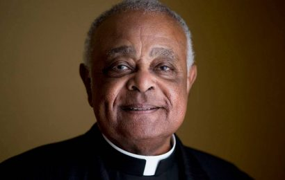 Pope Francis appoints first African American cardinal