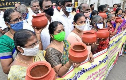 State urged to give clay pots to PDS cardholders as Pongal gift