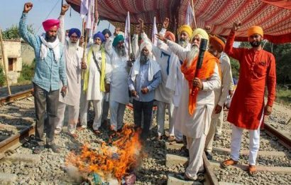 Punjab farmers lift blockade for goods trains till November 5