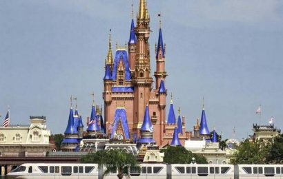 Disney World to lay off 11,000 amid pandemic