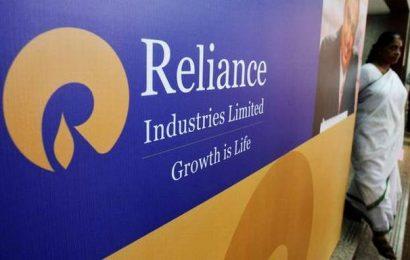 Reliance Industries Q2 net drops 15%