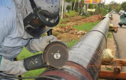 Govt. allows Reliance, others to sell gas to affiliates; marketing freedom to benefit Cairn, Focus