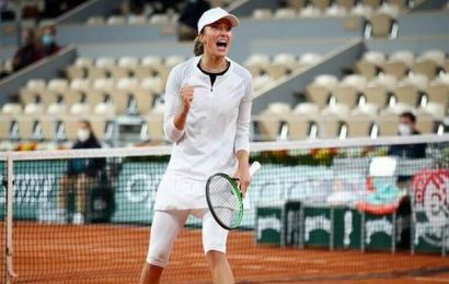 French Open 2020   Iga Swiatek ousts top-seeded Halep