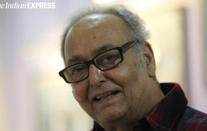 Doctors contemplating plasma therapy to improve neurological condition of Soumitra Chatterjee