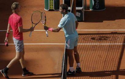Star-struck Korda asks Nadal for autograph after Paris rout