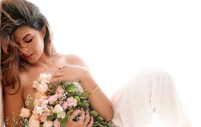 Jacqueline Fernandez clocks 46 million followers on Instagram, celebrates with a glamourous photoshoot. See pics
