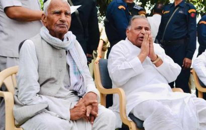 Pradhan of Mulayam's village and childhood friend dies after 48-year reign