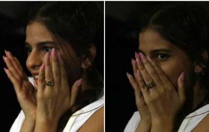 Shah Rukh Khan's fans can't get over the many moods of Suhana Khan at Mumbai Indians vs Kolkata Knight Riders IPL match. See pics