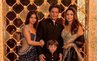Shah Rukh Khan gives witty reply as troll asks if he will sell his home: 'Mannat is not sold, but asked for with a bowed head'