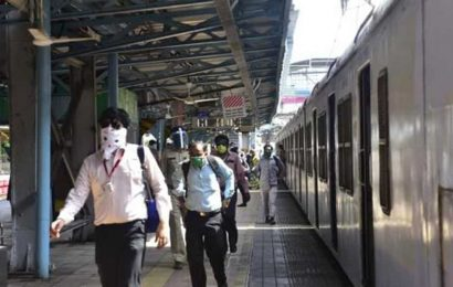 Mumbai: Western Railway services disrupted after overhead wire snaps