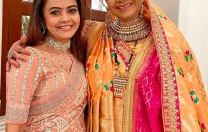 Saath Nibhaana Saathiya 2: Devoleena Bhattacharjee aka Gopi Bahu shares pictures with Rupal Patel and the other cast of the show